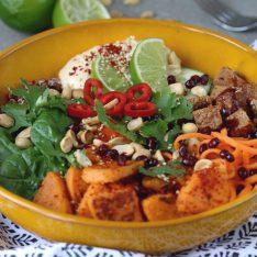 Versptetes Mittagessen heute Bowl mit Quinoa Gurke Tofu mit Balsamicohellip