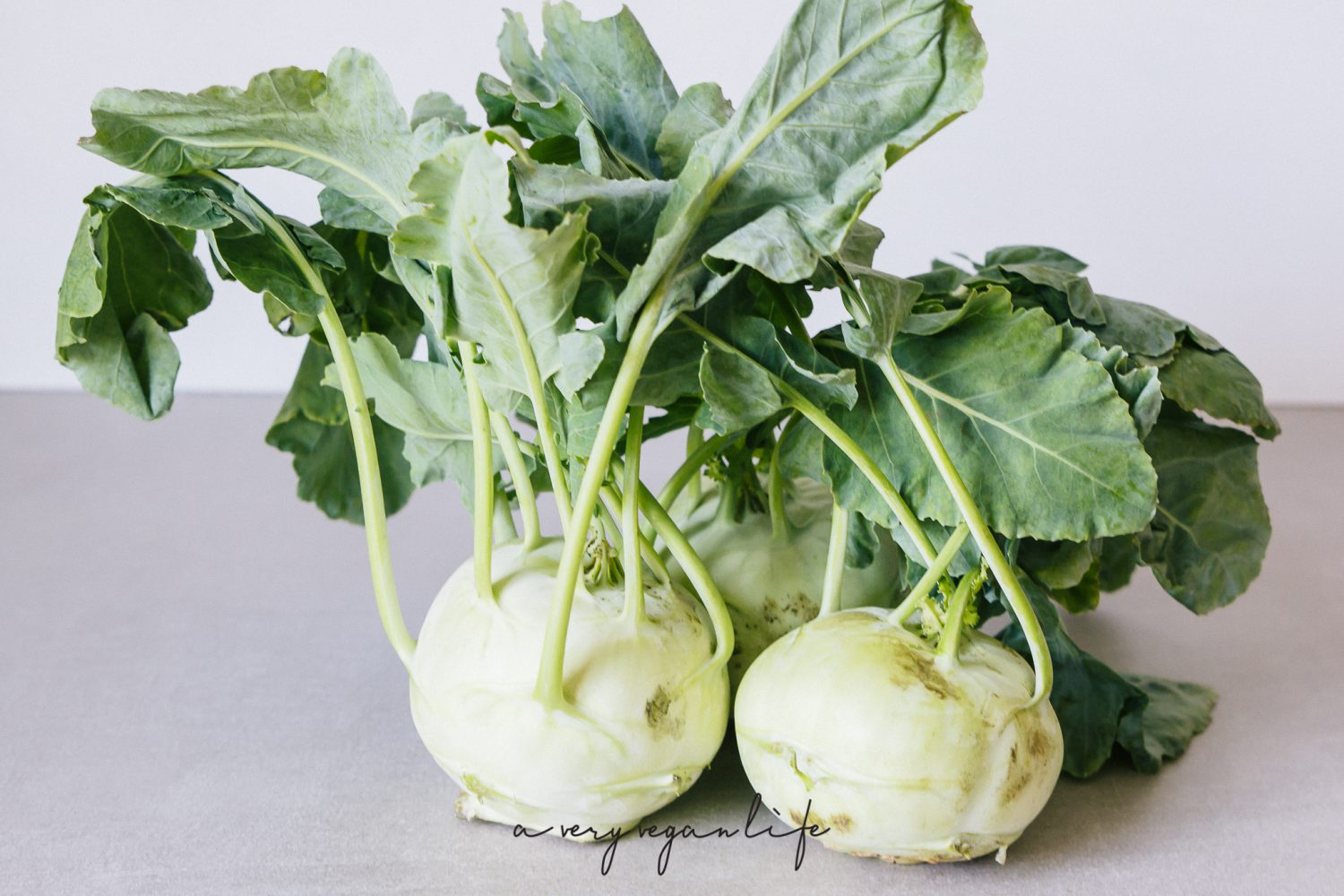kohlrabi suppe mit zitronengras a very vegan life. Black Bedroom Furniture Sets. Home Design Ideas